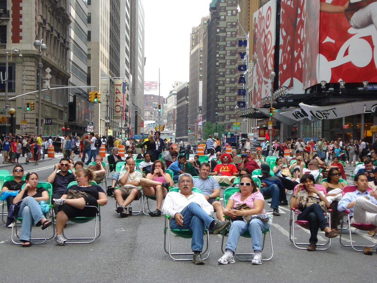 NYC-times-square-lawn-chairs