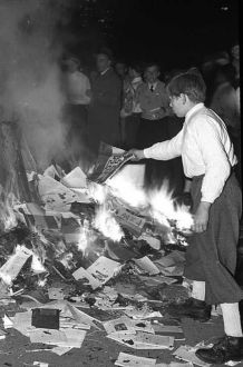 bookburning-Opernplatz