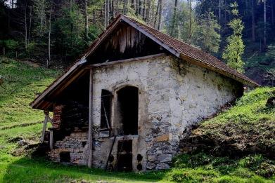 swiss-cabin02