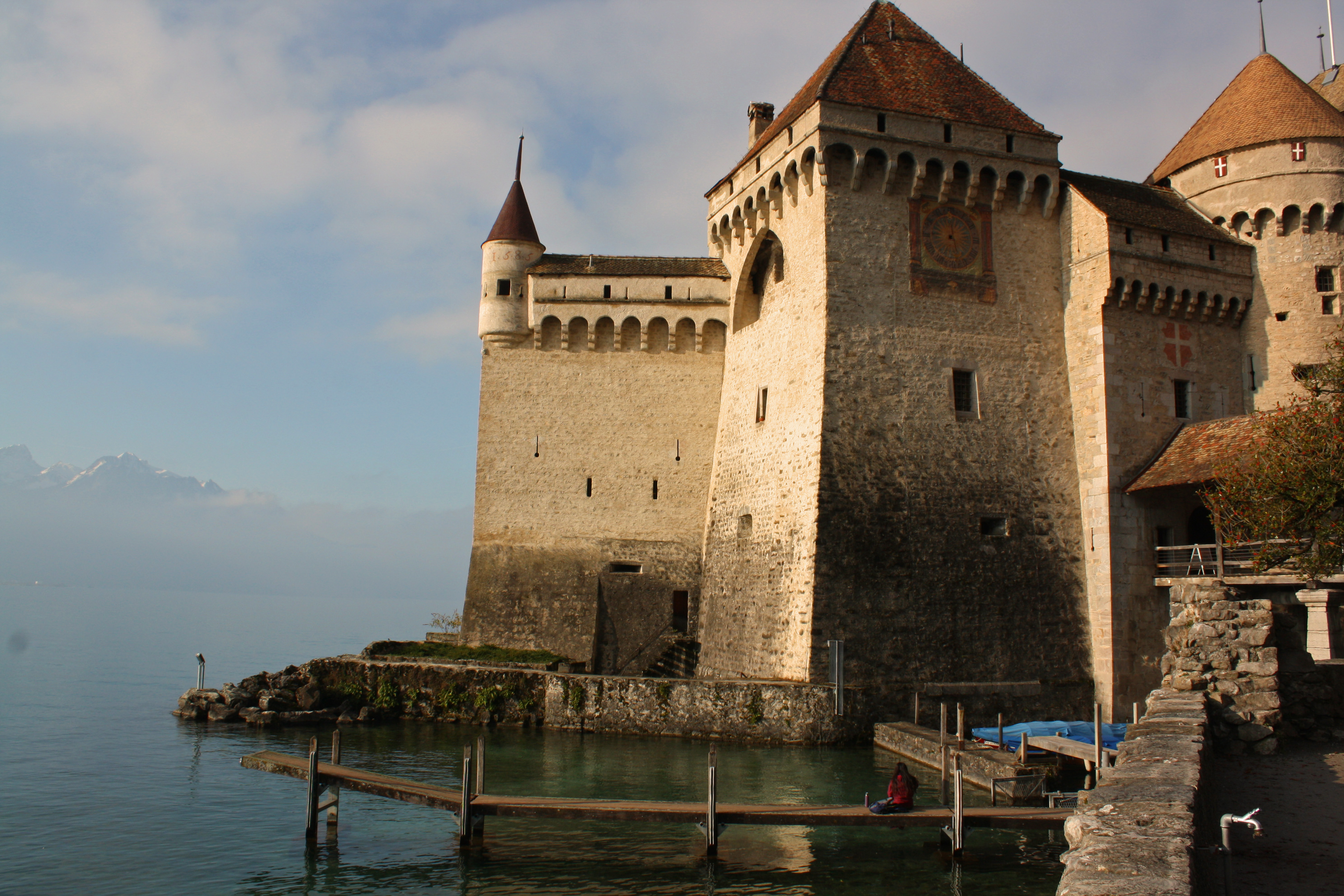 chateau-chillon-lake-geneva
