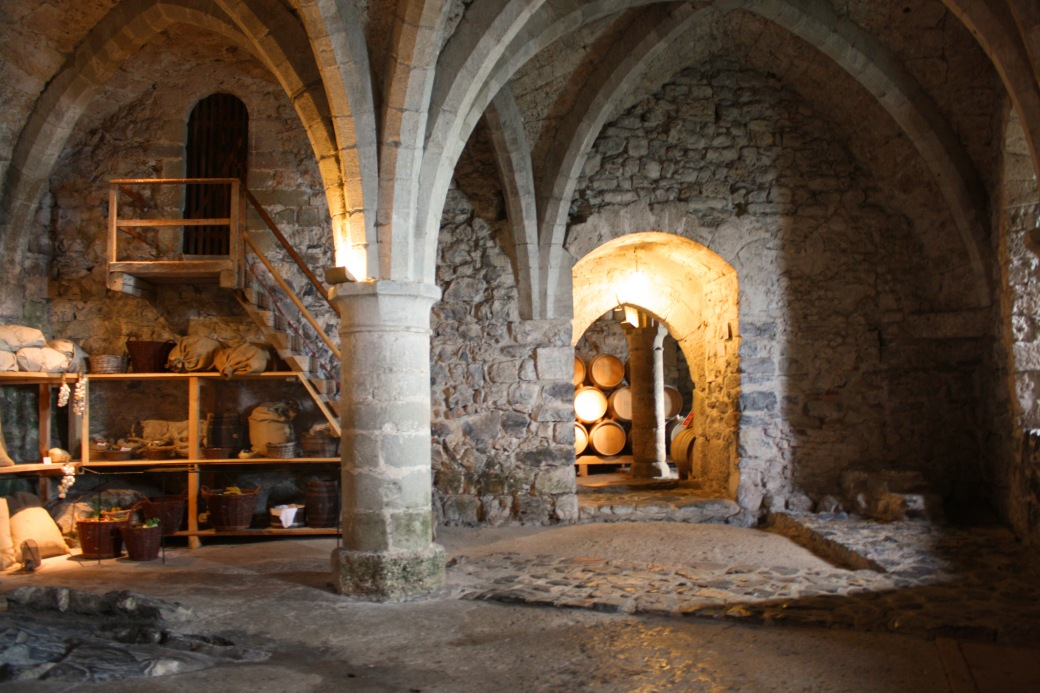 chillon-dungeon-storeroom