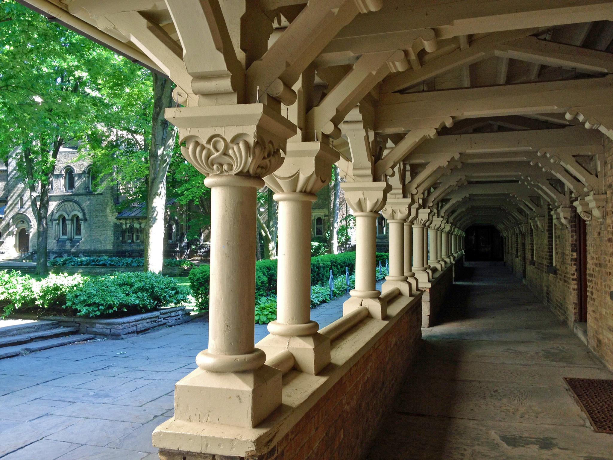 UniversityCollege-WestCollonade