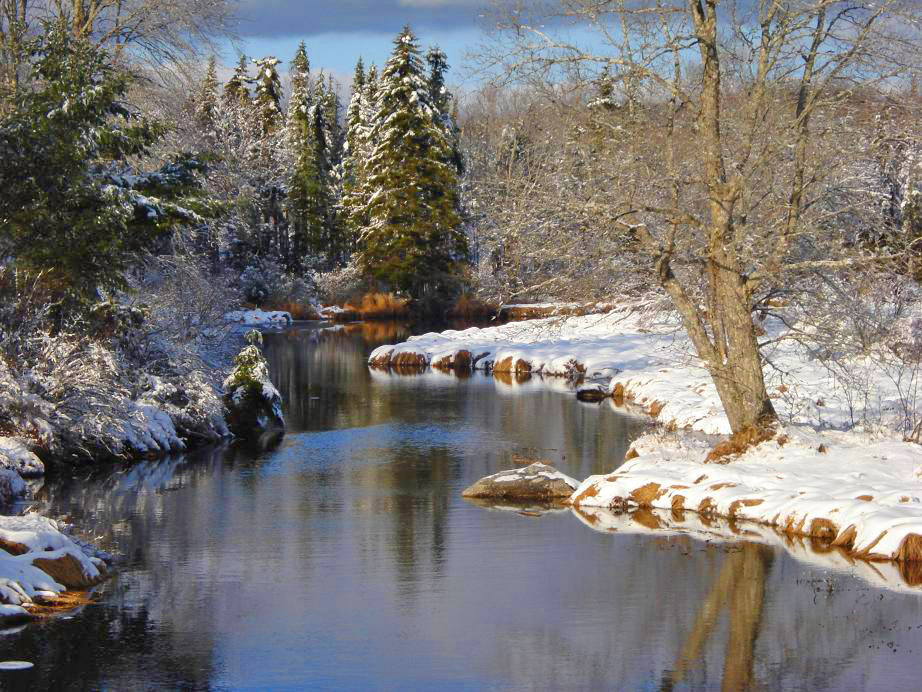 snow-scene-road-to-Wolfville-stream2a
